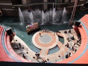Canal City: a huge shopping center with all kinds of entertainment.